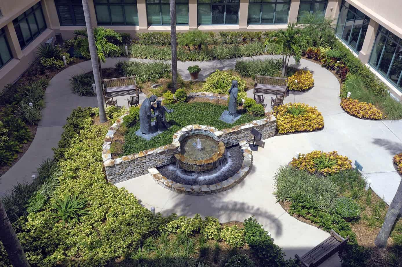 Hospital gardens that heal healthy savvy wise for Garden grove hospital and medical center